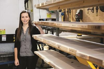 Diplômée en génie du bois de l'Université Laval
