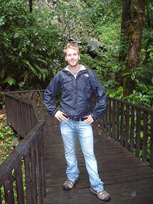 Diplômé à la maîtrise en agroforesterie avec mémoire à l'Université Laval